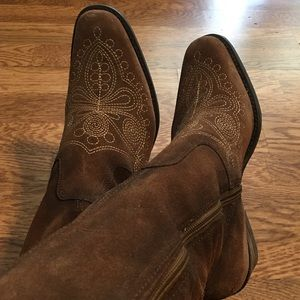 Dr Scholl's Lasso  Embroidered Western Boot Size 9
